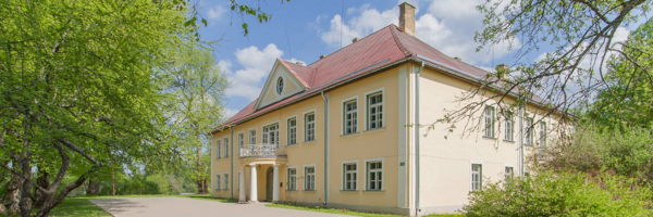 Mercendarbe Manor Front